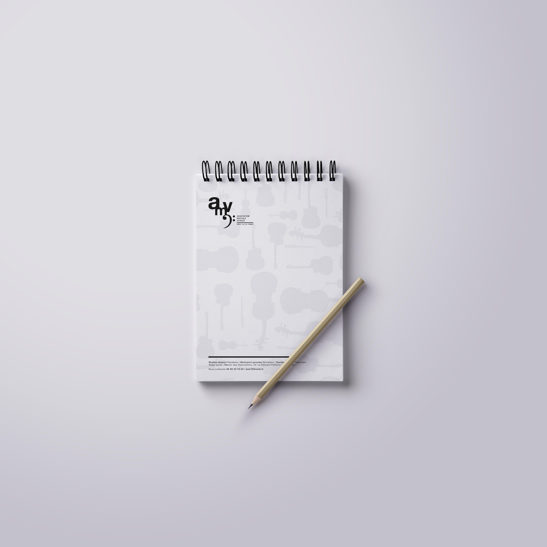 Ringed-Notepad-Free-MockupAMV